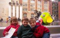 Mars 2001 Alex, Laura, Fred a Paris Beaubourg 17 mars 2001